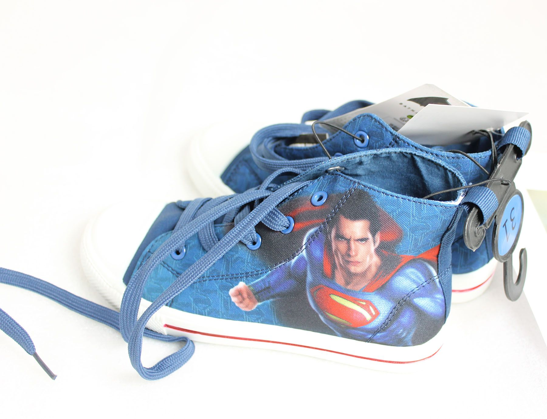 BatVSSup footwear Superman sneakers
